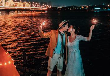 浪漫夜景主题婚纱摄影